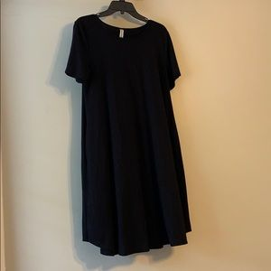 Dresses & Skirts - Black cotton dress